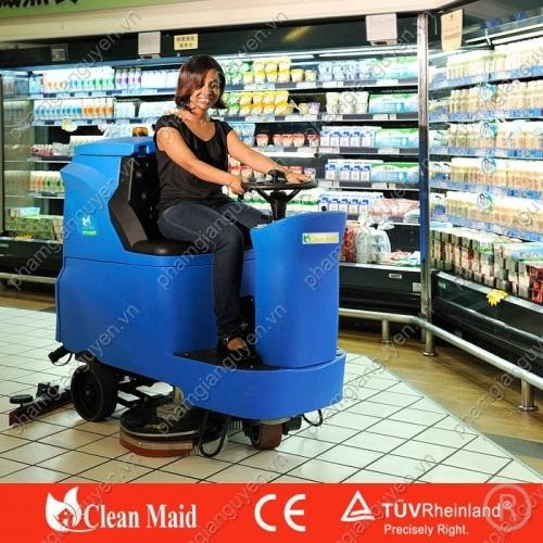 Máy lau sàn nhà CleanMaid TT 110BT